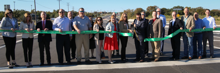 Ribbon Cutting - 1431-1